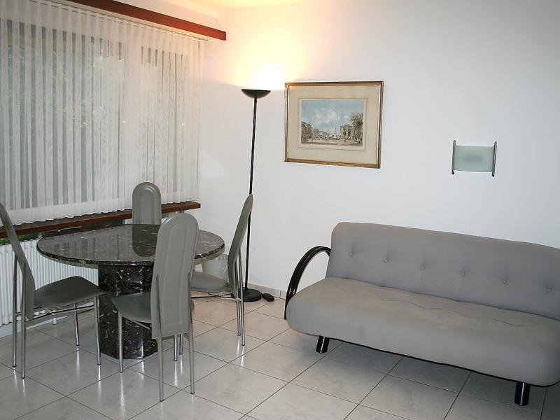 Lido utoring 143150,Apartamento en Locarno, Ticino, Suiza para 2 personas...