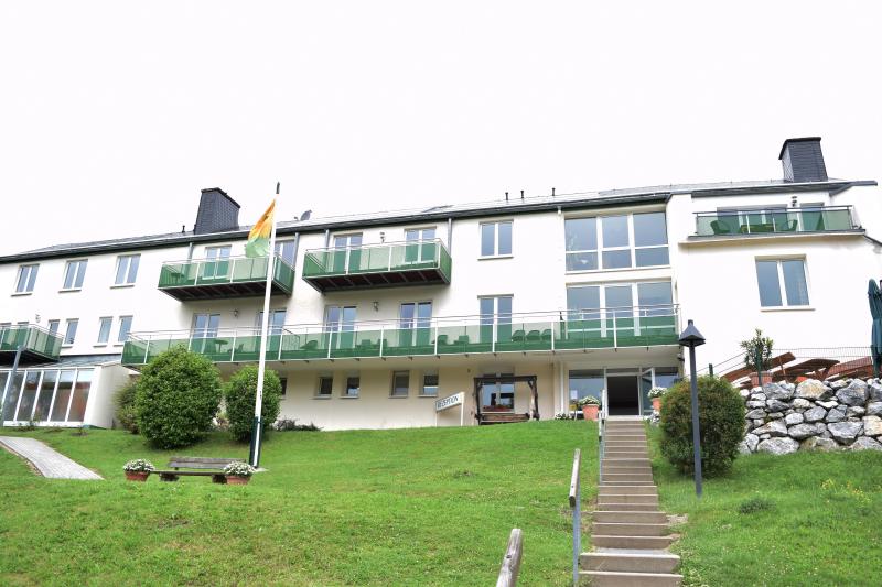 Willingen 274193,Casa de vacaciones grande en Willingen, Sauerland, Alemania  con piscina privada para 6 personas...