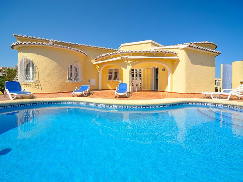 Cds 161k 147350,Villa  con piscina privada en Jávea-Benitachell, en la Costa Blanca, España para 4 personas...