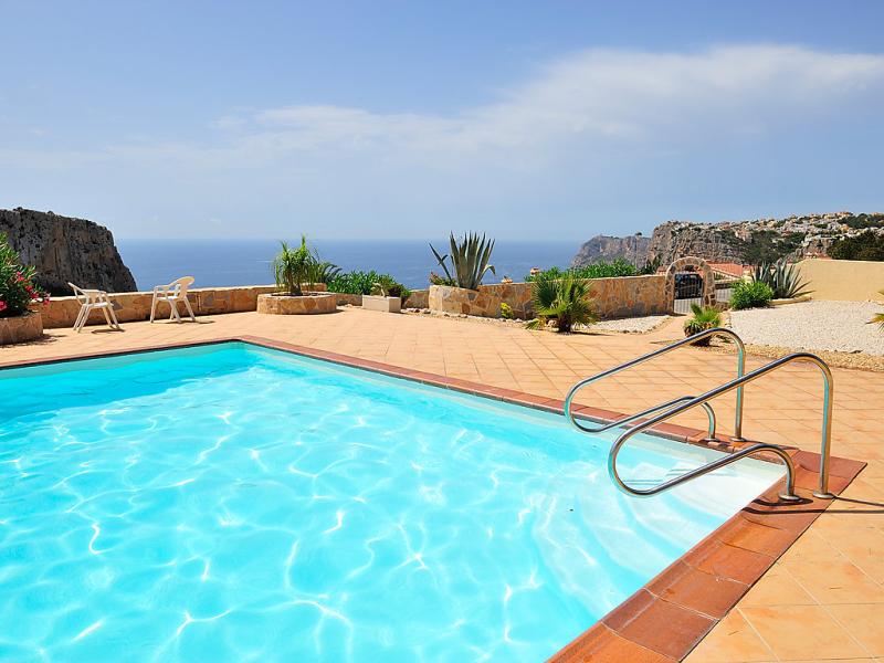 Pueblo de la luz 147351,Vivienda de vacaciones  con piscina privada en Jávea-Benitachell, en la Costa Blanca, España para 4 personas...