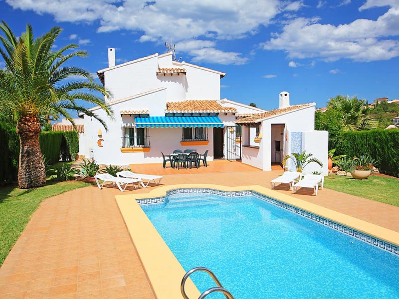 Inma 147437,Villa  con piscina privada en Pego, en la Comunidad Valenciana, España para 6 personas...