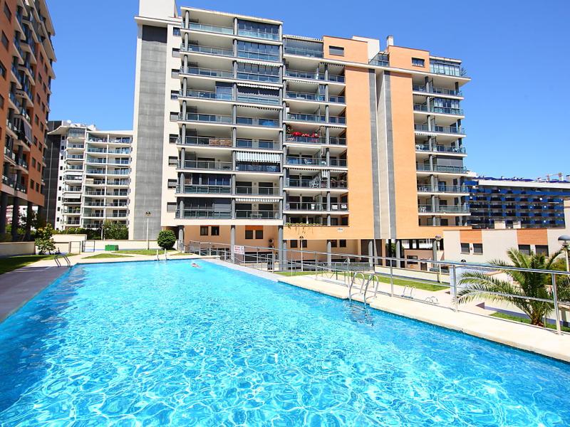 Tamarindo 147804,Apartamento  con piscina privada en Benidorm, en la Costa Blanca, España para 4 personas...