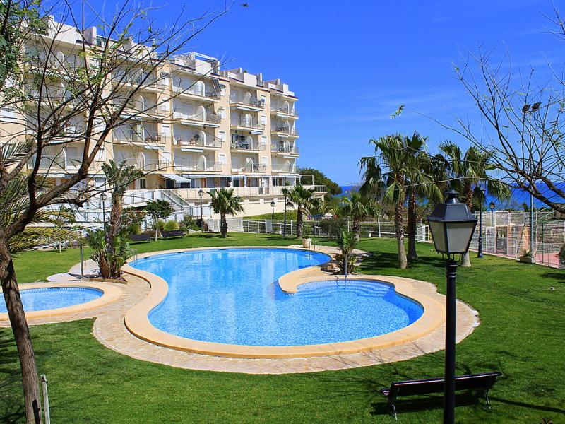 Edfcala merced 147839,Apartamento  con piscina privada en El Campello-Villajoyosa, en la Costa Blanca, España para 4 personas...