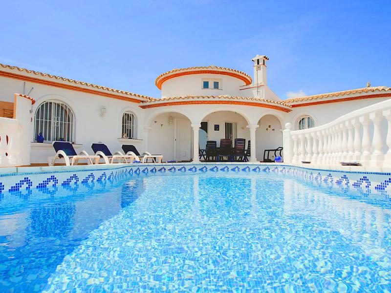 Manita 1418447,Vivienda de vacaciones en Pego, en la Comunidad Valenciana, España  con piscina privada para 4 personas...