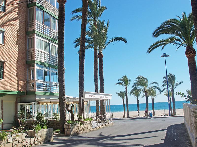 Turia 1418937,Apartamento en Benidorm, en la Costa Blanca, España para 4 personas...