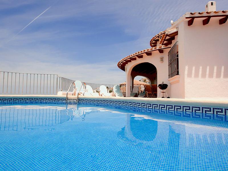Eva 1419609,Vivienda de vacaciones en Pego, en la Comunidad Valenciana, España  con piscina privada para 8 personas...