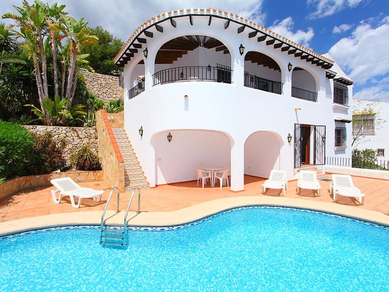 El nido del amor 1427617,Villa en Pego, en la Comunidad Valenciana, España  con piscina privada para 8 personas...
