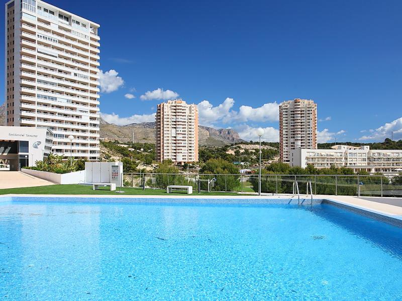 Terramar 1463582,Apartamento  con piscina privada en Benidorm, en la Costa Blanca, España para 4 personas...