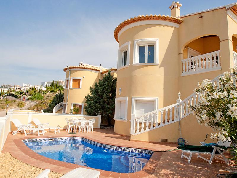 Residencial lalmnia 902 1468714,Villa en Pego, en la Comunidad Valenciana, España  con piscina privada para 6 personas...