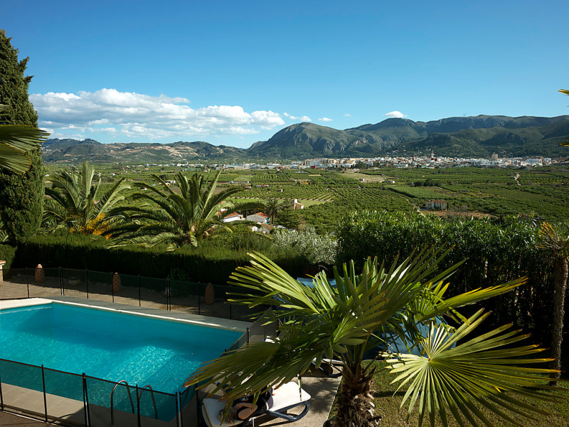 Orange haven 1485819,Vivienda de vacaciones  con piscina privada en Pego, en la Comunidad Valenciana, España para 6 personas...