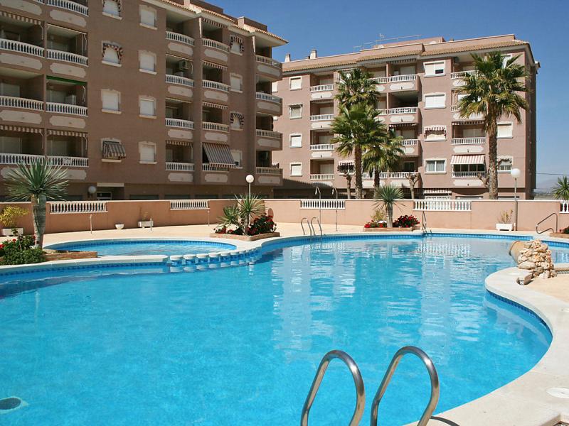 Marismas iii 1487459,Apartamento  con piscina privada en Santa Pola, en la Costa Blanca, España para 6 personas...