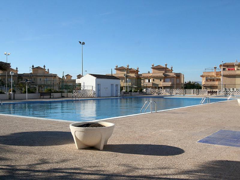 Brisamar ii 1489592,Vivienda de vacaciones  con piscina privada en Santa Pola, en la Costa Blanca, España para 5 personas...