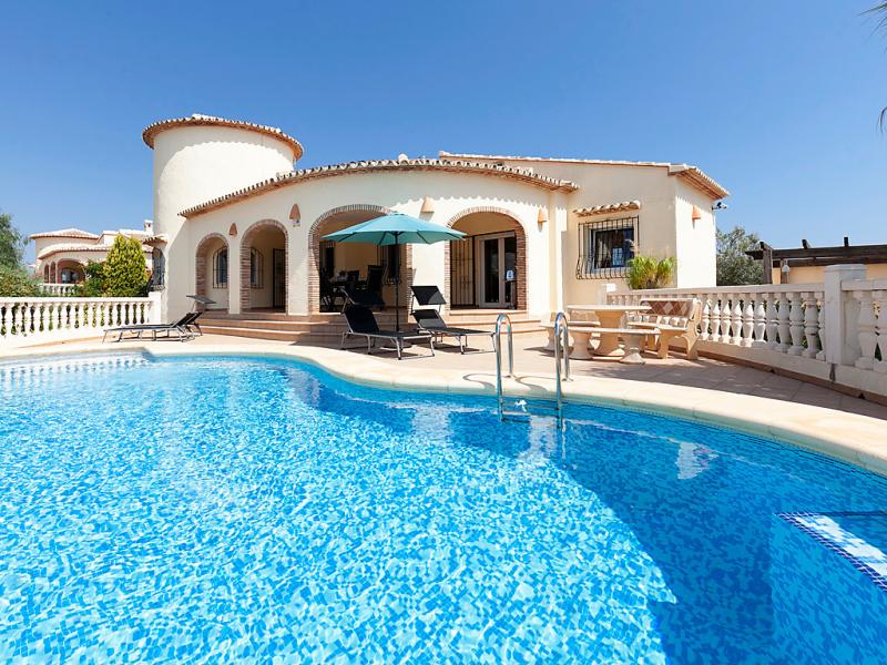 Capi 1498570,Vivienda de vacaciones en Pego, en la Comunidad Valenciana, España  con piscina privada para 5 personas...