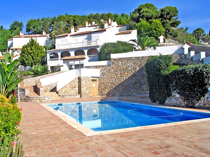 Villa mimosa 145530,Vivienda de vacaciones en Almuñécar, Costa Tropical, España  con piscina privada para 12 personas...