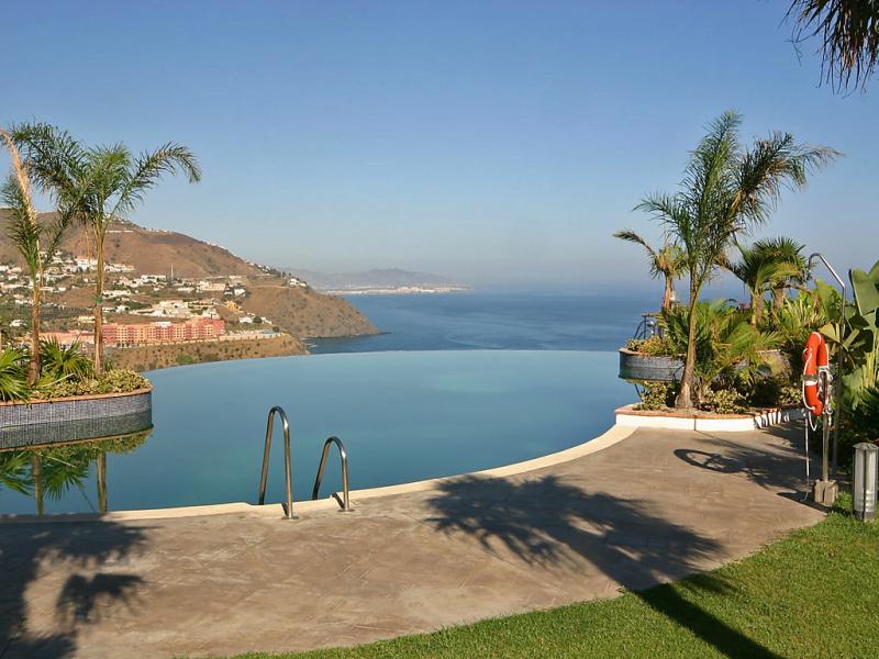 Las fuentes 145532,Apartamento  con piscina privada en Almuñécar, Costa Tropical, España para 4 personas...