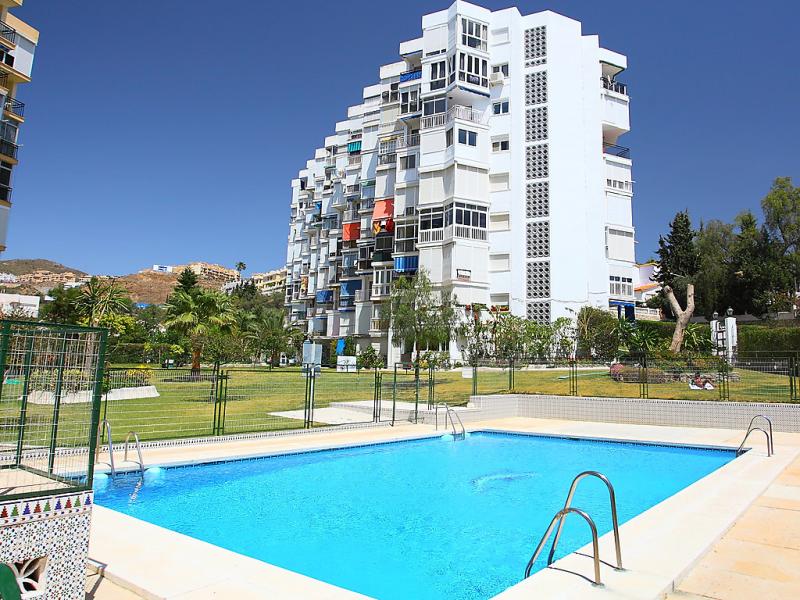 Brisa 714 145657,Apartamento en Cala del Moral, en la Costa del Sol, España  con piscina privada para 2 personas...