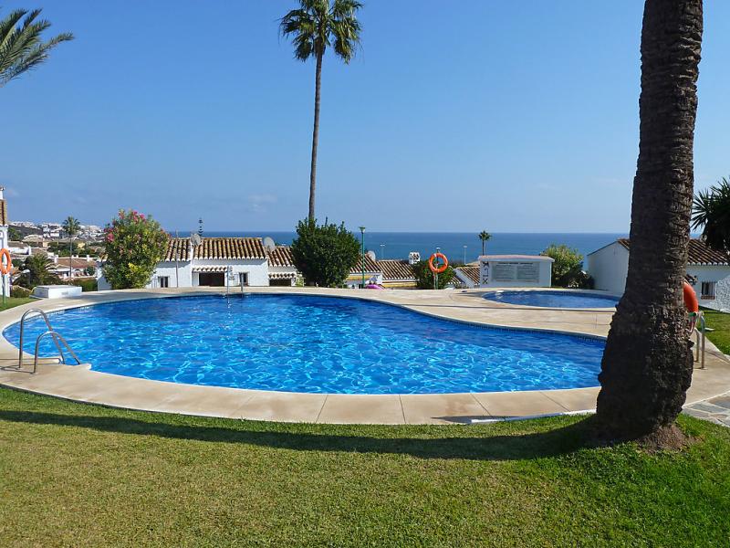 Las buganvillas 85 145667,Apartamento en Mijas Costa, en la Costa del Sol, España  con piscina privada para 3 personas...