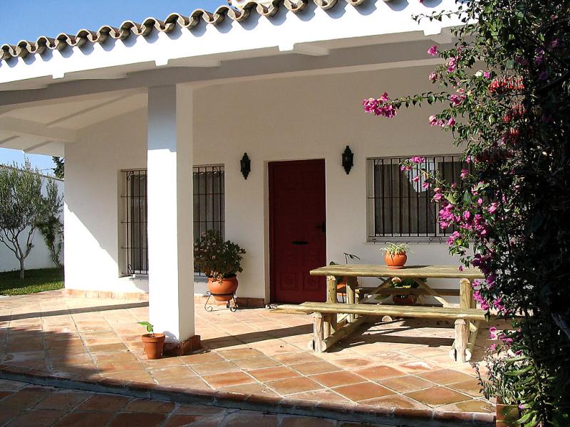 2 145745,Vivienda de vacaciones en Los Caños de Meca, Costa de la Luz, España para 4 personas...