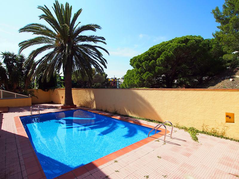 Velazquez 7 01 146100,Appartement  avec piscine privée à Roses, sur la Costa Brava, Espagne pour 3 personnes...
