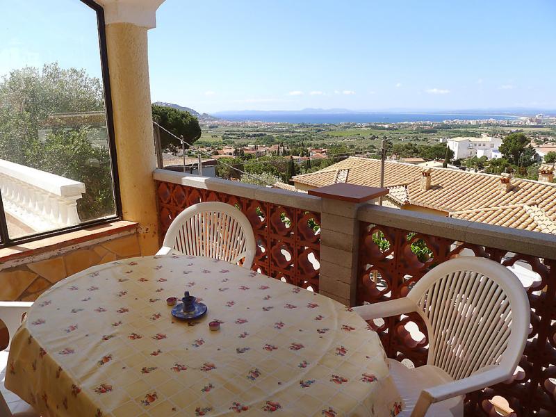 Villa hydra 146119,Appartement à Roses, sur la Costa Brava, Espagne pour 4 personnes...