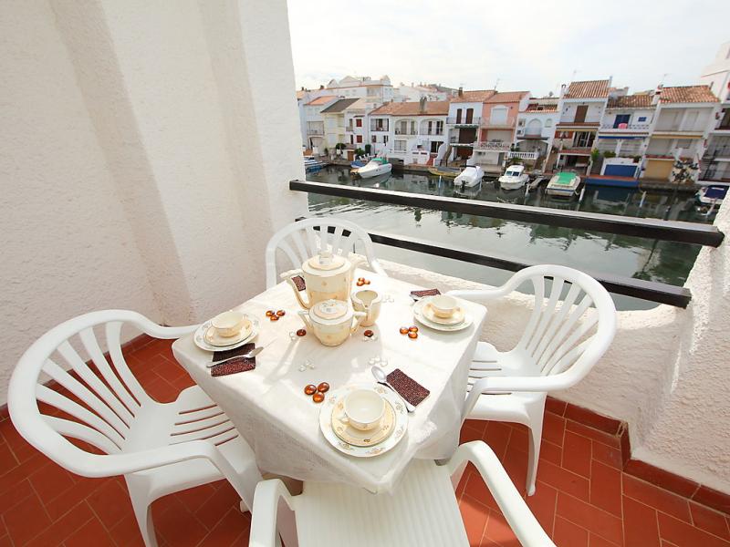 Port banyuls 1 01 146213,Appartement in Empuriabrava, aan de Costa Brava, Spanje voor 4 personen...