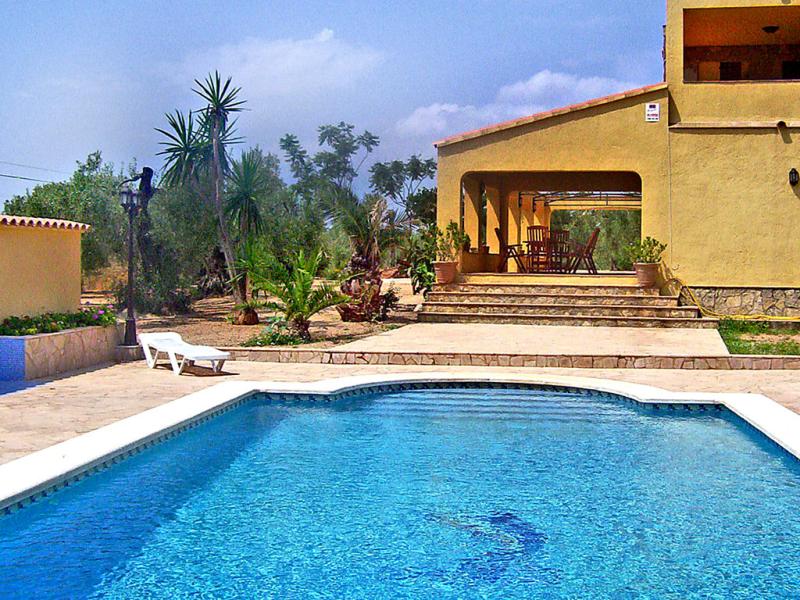 Casa ulldellops 146997,Castillo  con piscina privada en l'Ampolla, Tarragona, España para 8 personas...