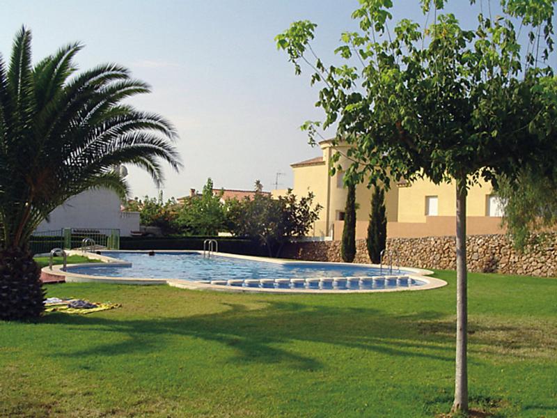 Urb calablanca 30b 147078,Vivienda de vacaciones en Alcocéber-Alcossebre, Costa del Azahar, España  con piscina privada para 12 personas...