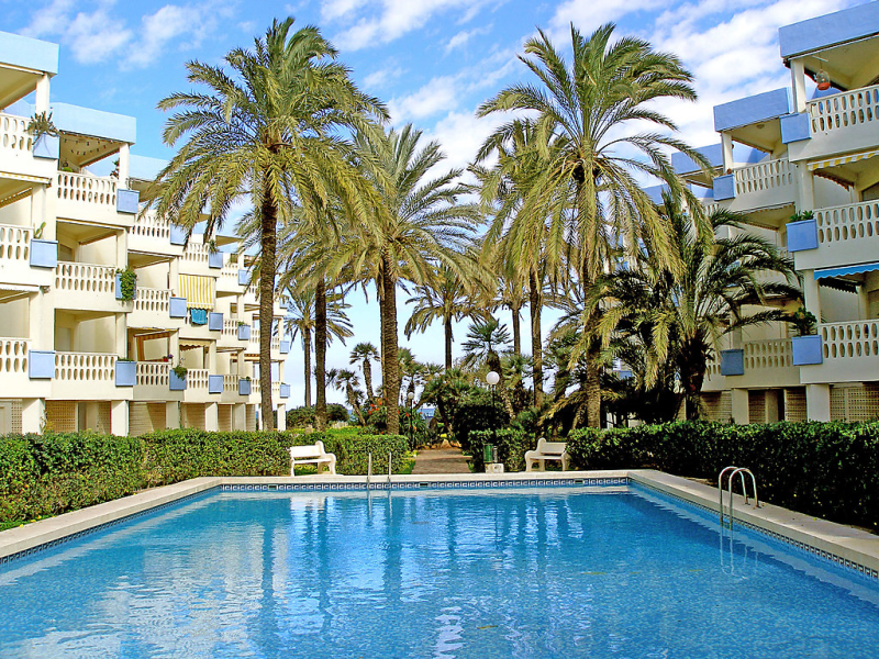 Holiday beach 26b 147160,Apartamento en Dénia, Alicante, España  con piscina privada para 4 personas...