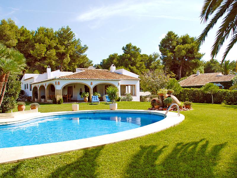 Casa arturo 147285,Vivienda de vacaciones en Jávea, en la Costa Blanca, España  con piscina privada para 8 personas...