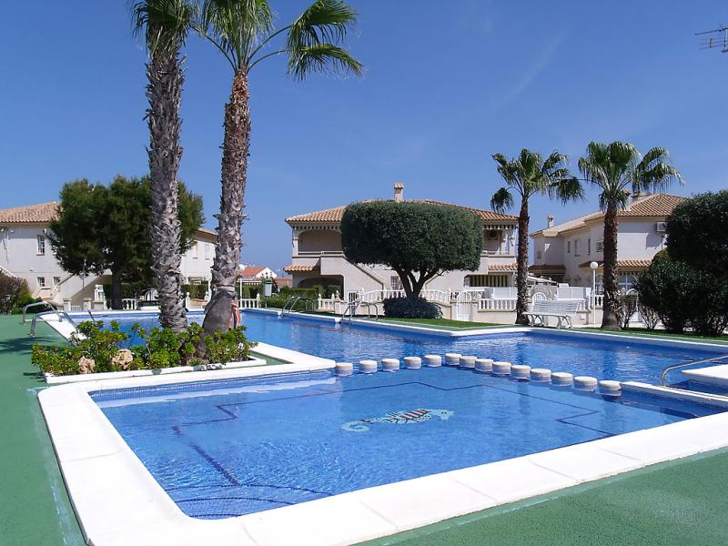 Tamarix 147867,Apartamento  con piscina privada en Torrevieja, en la Costa Blanca, España para 6 personas...