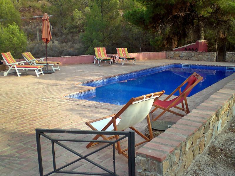 Casa de la cruz 147936,Vivienda de vacaciones  con piscina privada en Totana, en la Costa Calida, España para 7 personas...