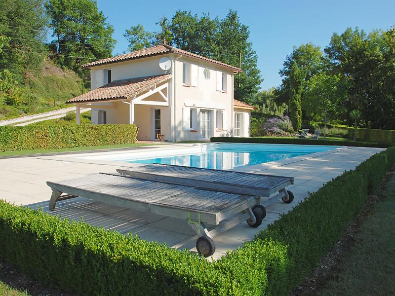 Lapeyriere 149253,Vivienda de vacaciones  con piscina privada en Montcuq, Lot-et-Garonne, Francia para 8 personas...