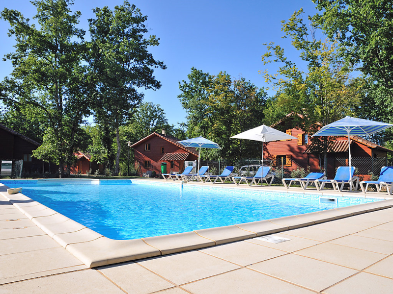 Dordogne 149310,Vivienda de vacaciones en Souillac, Lot-et-Garonne, Francia  con piscina privada para 8 personas...
