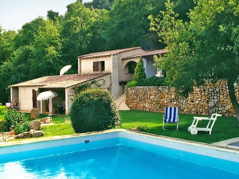 1412469,Apartamento en Vence, en la Provenza, Francia  con piscina privada para 2 personas...