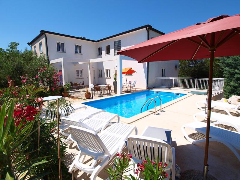 1412750,Apartamento en Umag-Zambratija, Istria, Croacia  con piscina privada para 4 personas...