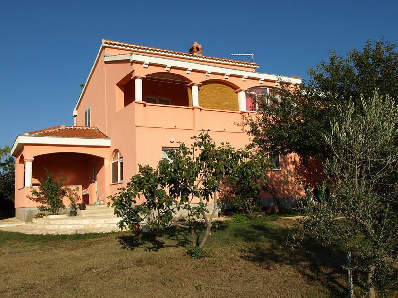 1413043,Apartamento en Privlaka, Dalmatia, Croacia para 3 personas...