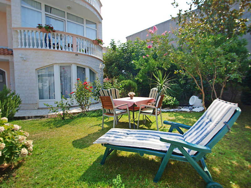 1413213, Apartment in Vodice, Dalmatia, Croatia for 2 persons...