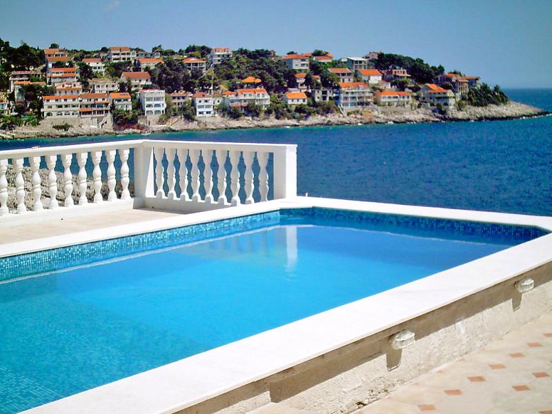 1413402,Apartamento  con piscina privada en Korčula-Zavalatica, South Dalmatia, Croacia para 4 personas...