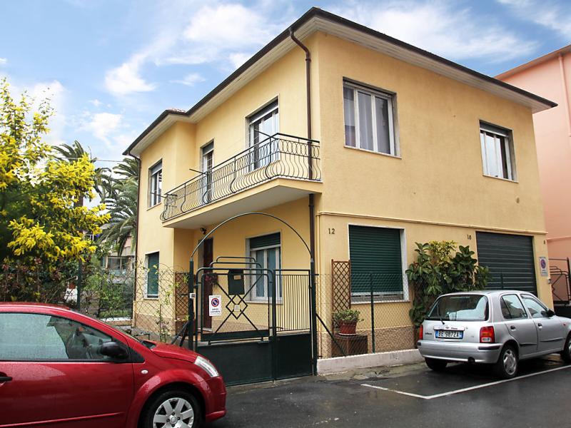 Caboto 1413463,Apartamento en Arma di Taggia, Liguria, Italia para 6 personas...