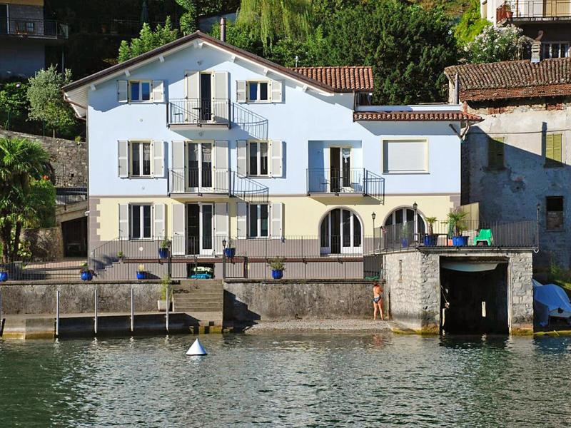 La pocetta 1413588,Apartamento en Osteno, Lake Lugano, Italia para 4 personas...