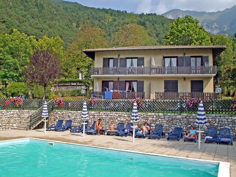 Droma 1413650,Apartamento  con piscina privada en Lago di Ledro, Lake Ledro, Italia para 5 personas...