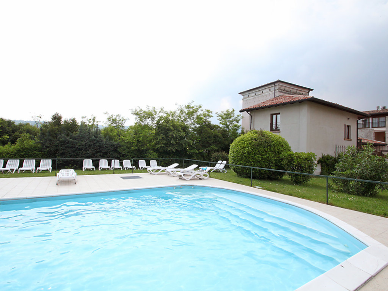 Colombaro 1413709,Apartamento  con piscina privada en Salo', Lake Garda, Italia para 4 personas...