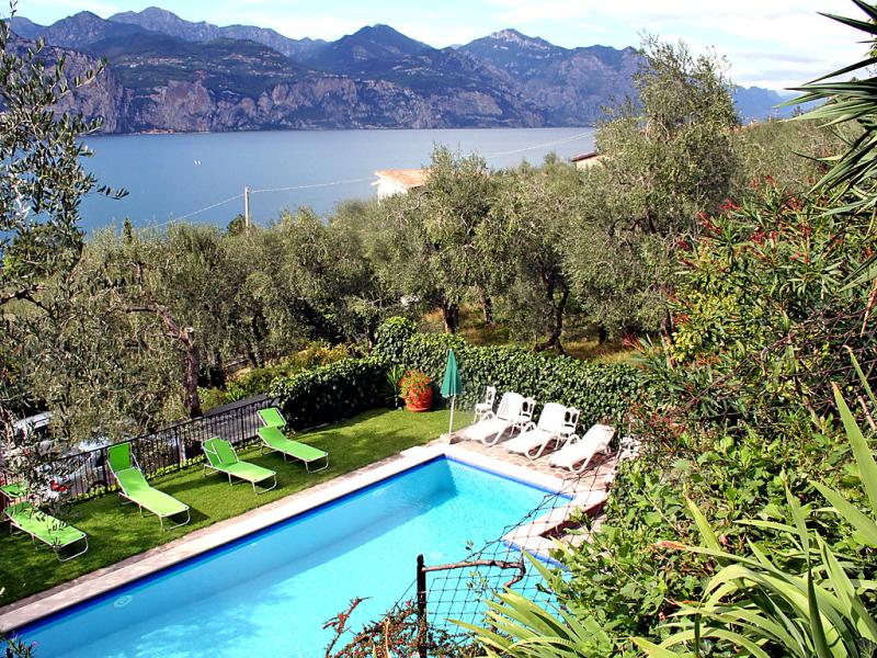 Brenzone 1413746,Apartamento  con piscina privada en Brenzone, Veneto, Italia para 4 personas...