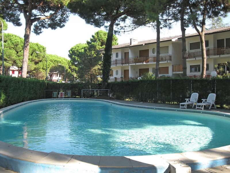 Miami 1414111,Apartamento  con piscina privada en Lido di Spina, Emilia-Romagna, Italia para 4 personas...