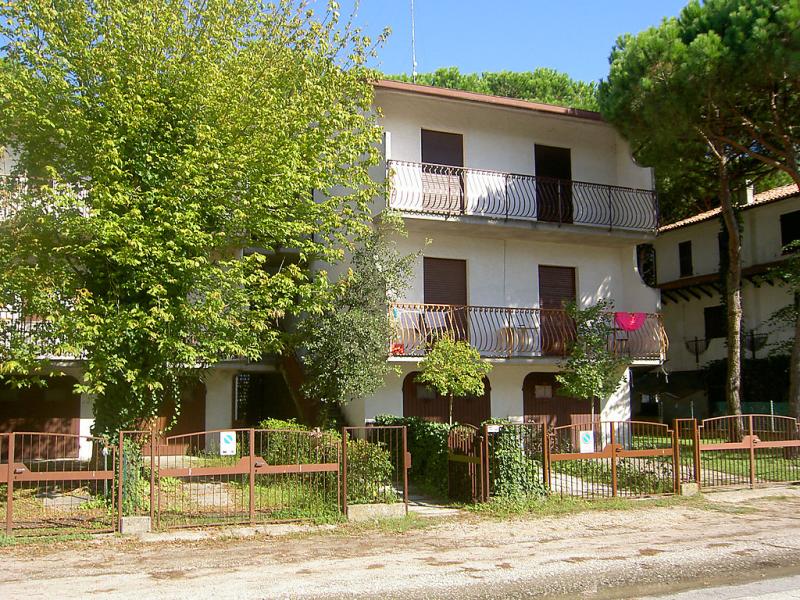 Les villes 1414119,Apartamento en Lido di Spina, Emilia-Romagna, Italia para 5 personas...