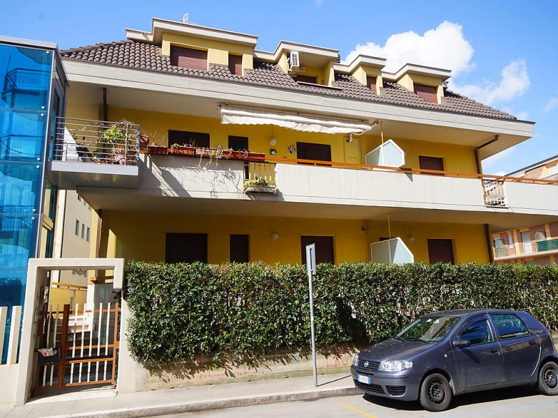 Bomboniera 1414221,Apartamento en San Benedetto del Tronto, Le Marche, Italia para 5 personas...