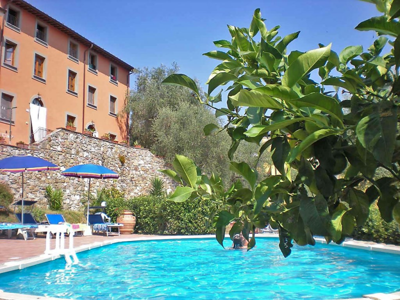 Aida 1414484,Apartamento en Massarosa, en Toscana, Italia  con piscina privada para 6 personas...