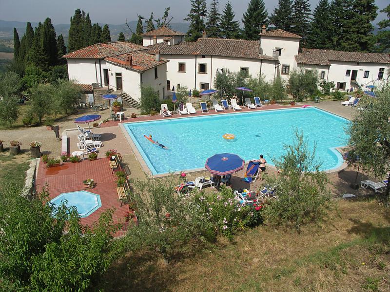 Villa grassina 1414506,Apartamento en Pelago, en Toscana, Italia  con piscina privada para 4 personas...