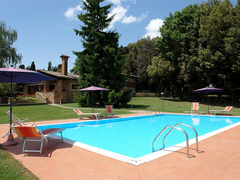 Camporbiano 1414603,Vivienda de vacaciones en Gambassi Terme, en Toscana, Italia  con piscina privada para 12 personas...