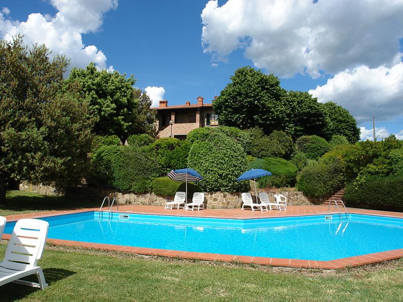 Tinaia 1414605,Apartamento en Gambassi Terme, en Toscana, Italia  con piscina privada para 4 personas...